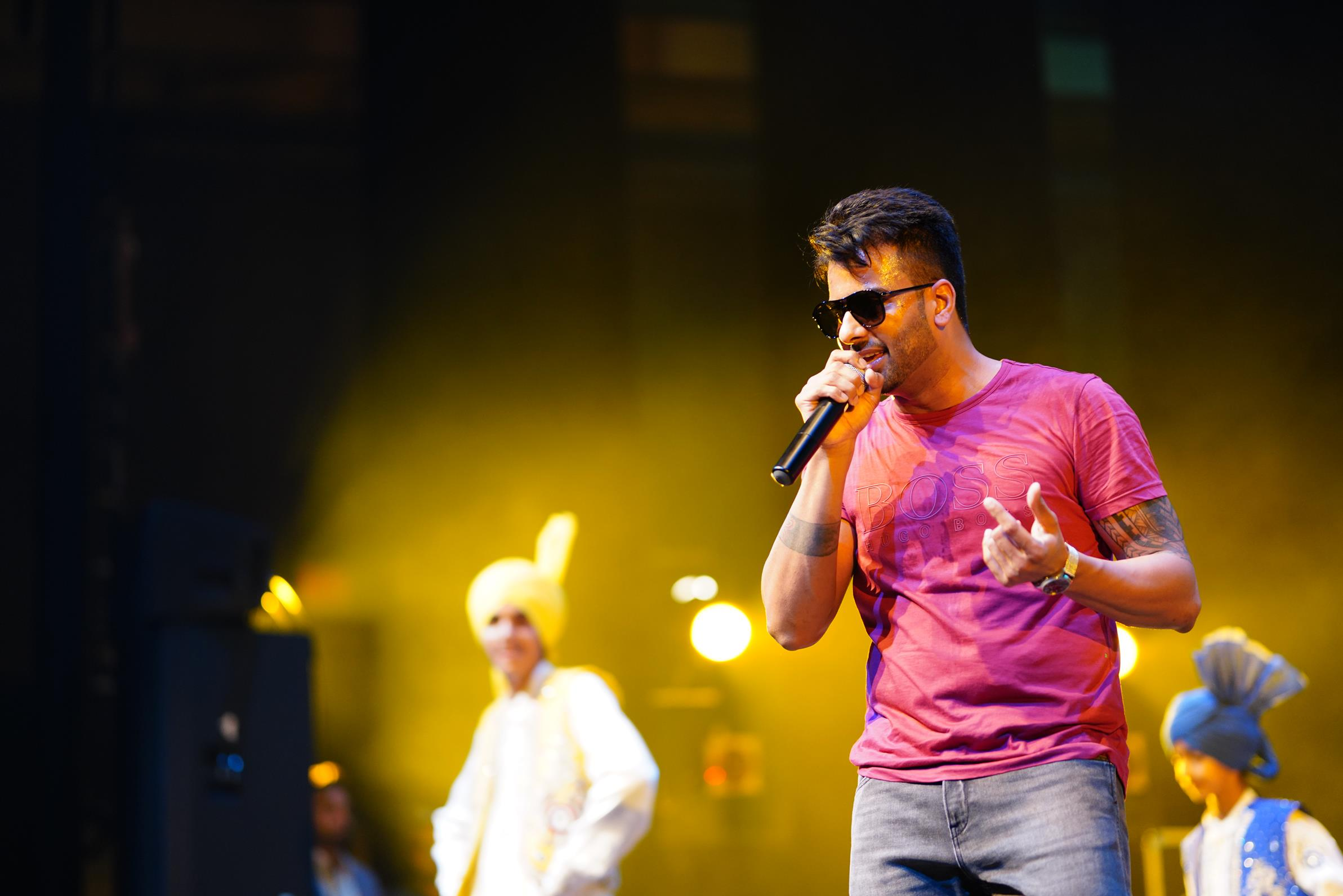 Mankirt Aulakh performing at G9 Bhangra